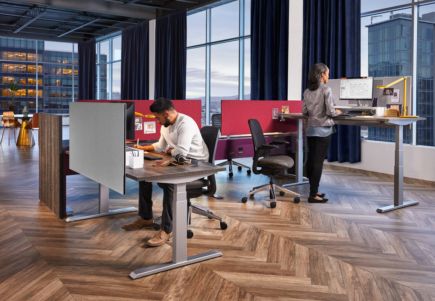Take a Stand: Should You Use Sit-Stand Desks in Your Office?