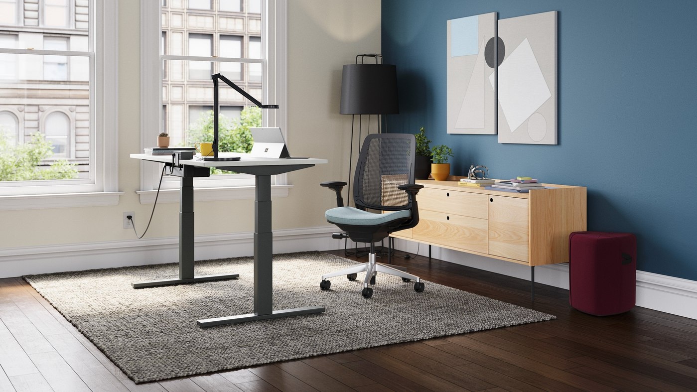2020 Steelcase Migration SE Sit-Stand Desk Review (Price, Pros & Cons)