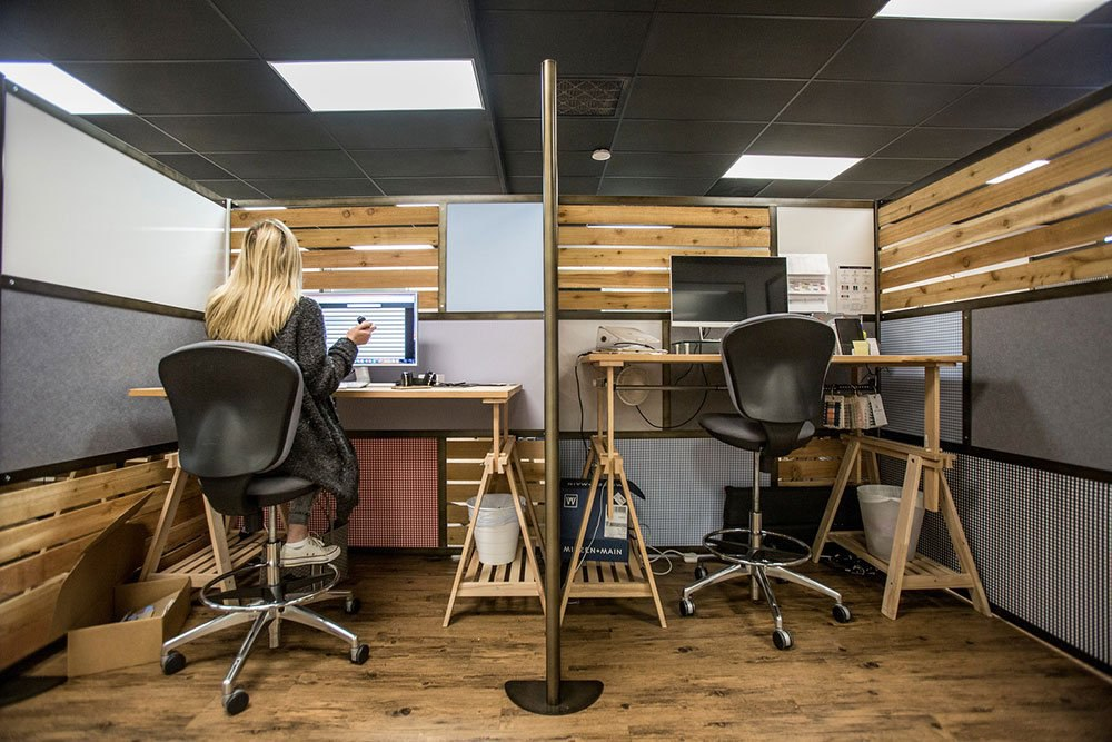 Space dividers make private spaces in an open concept workplace interior design bring the best of both worlds together